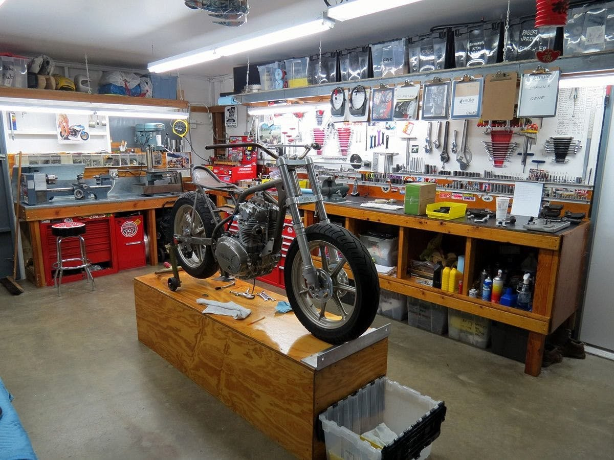 A neat and tidy garage