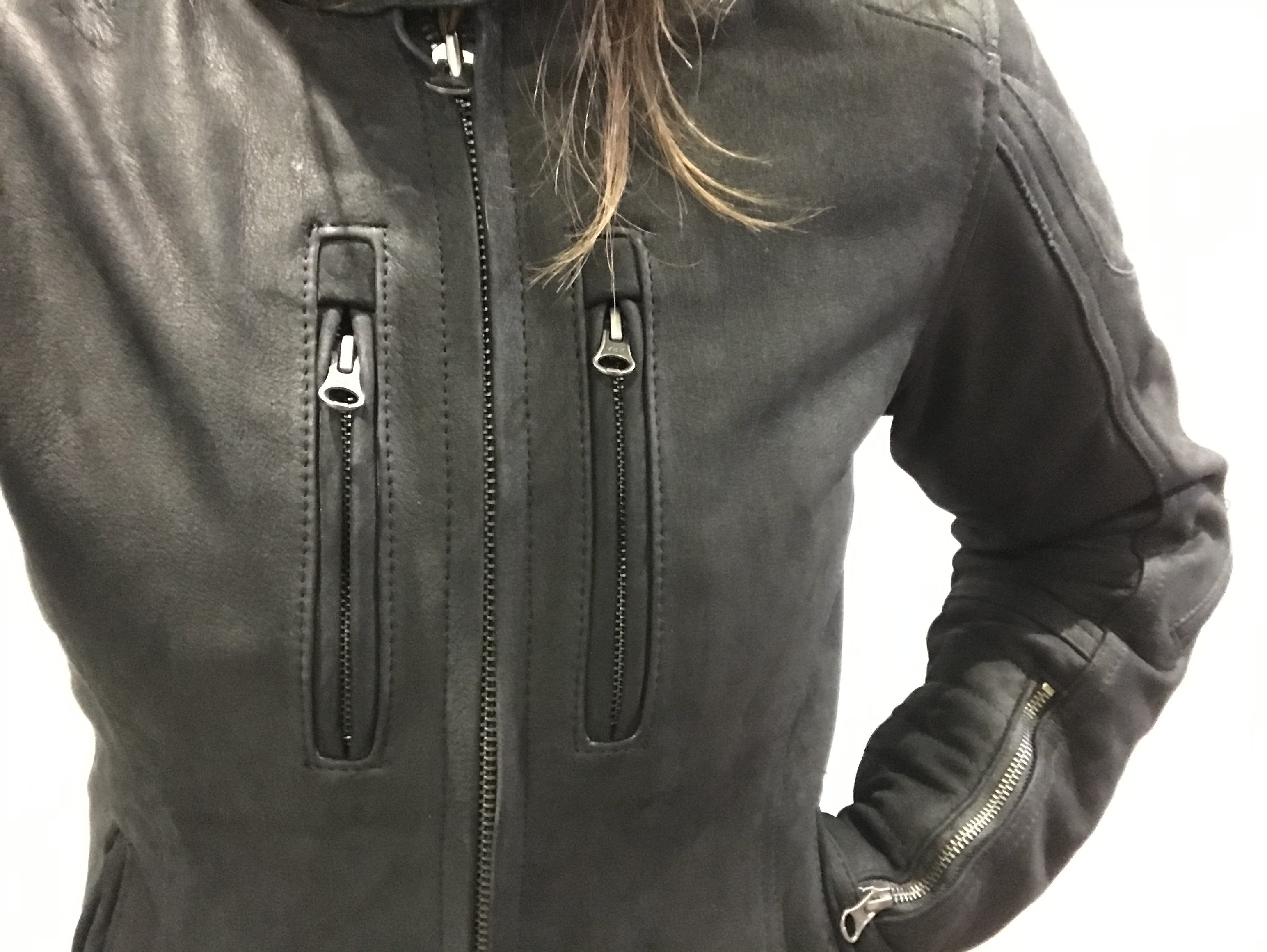 The front chest pockets non the Merlin Mia jacket