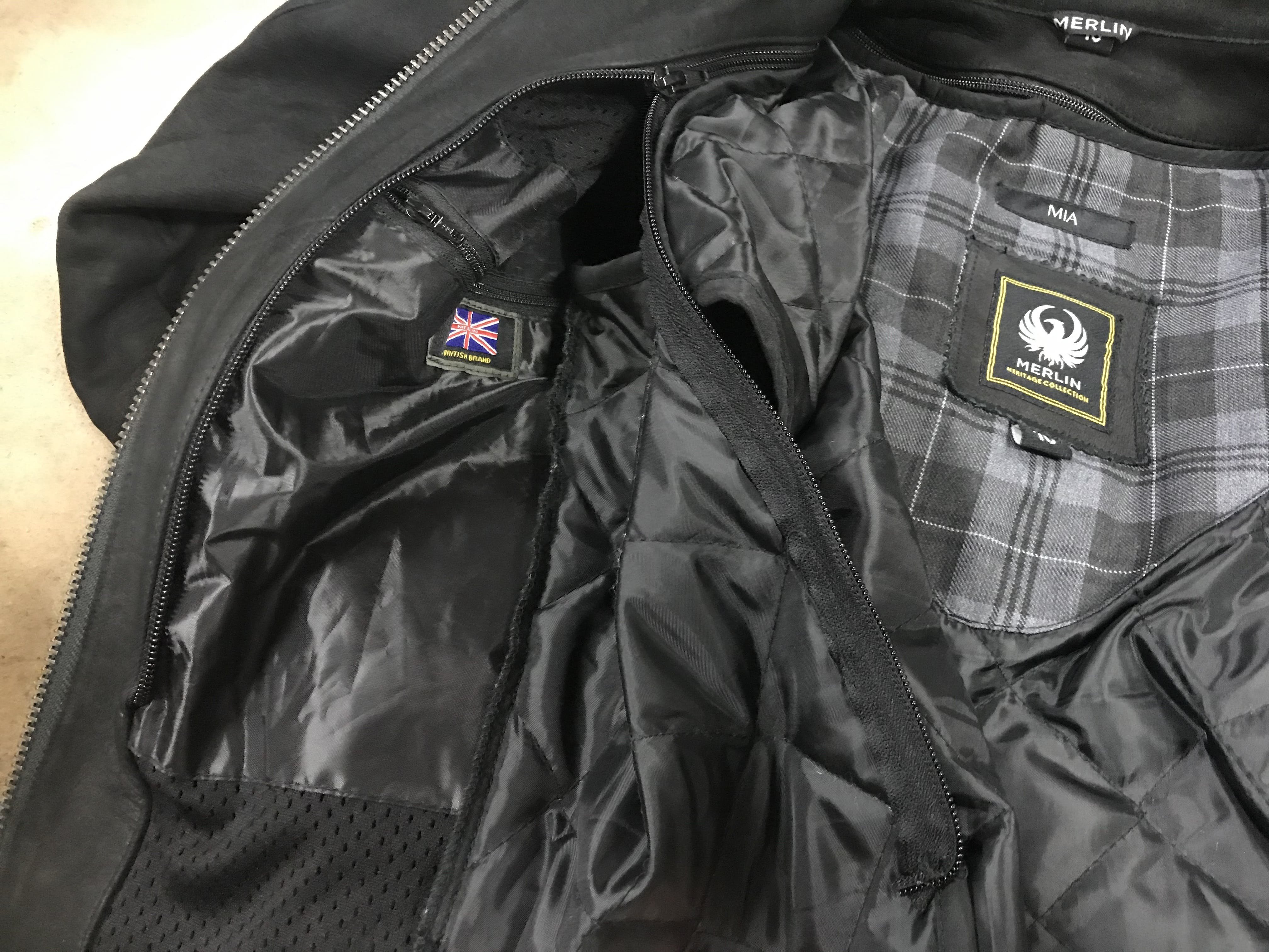 The zip on the internal liner half zipped open on the Merlin Mia leather jacket