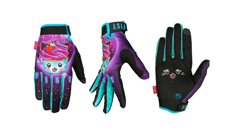 Dirt gloves - Fist Carly Kawaii Cupcake Gloves pink purple green and black